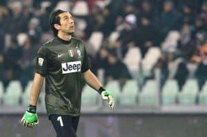 13562335_Juventus' goalkeeper Gianluigi Buffon looks on during their Seria A football match between -1703653
