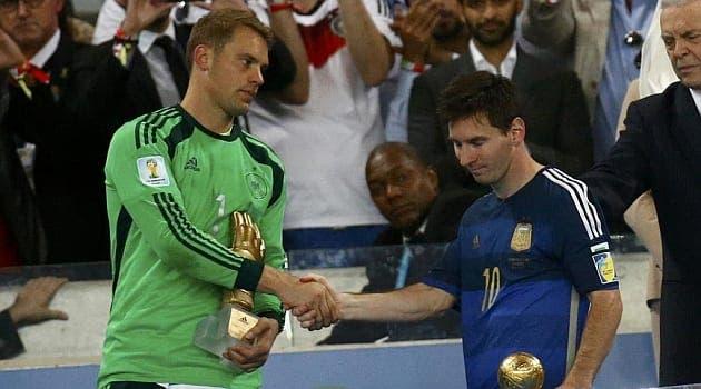 Manuel Neuer felicita a Messi por el balón de oro