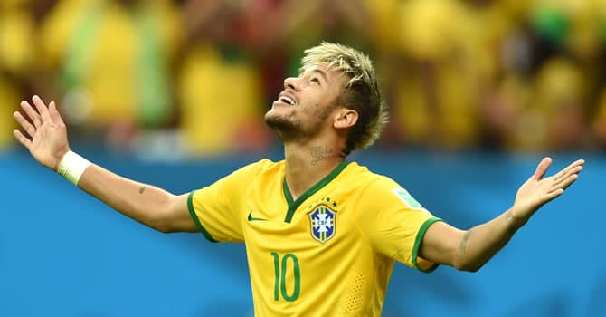 Neymar celebrando un gol con Brasil / Agencias
