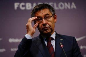 Los jugadores del FC Barcelona bajan del burro sin Bartomeu