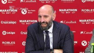 Monchi logra aligerar el Sevilla FC en acuerdo exprés con el Almería