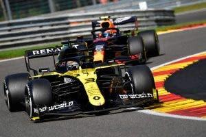 Demoledor Fernando Alonso en el Renault F1: la experiencia es un grado