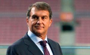 Aparece gallito en el FC Barcelona para boicotear el plan de Laporta
