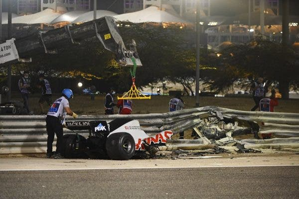 Grosjean tuvo un grave accidente en Bahréin