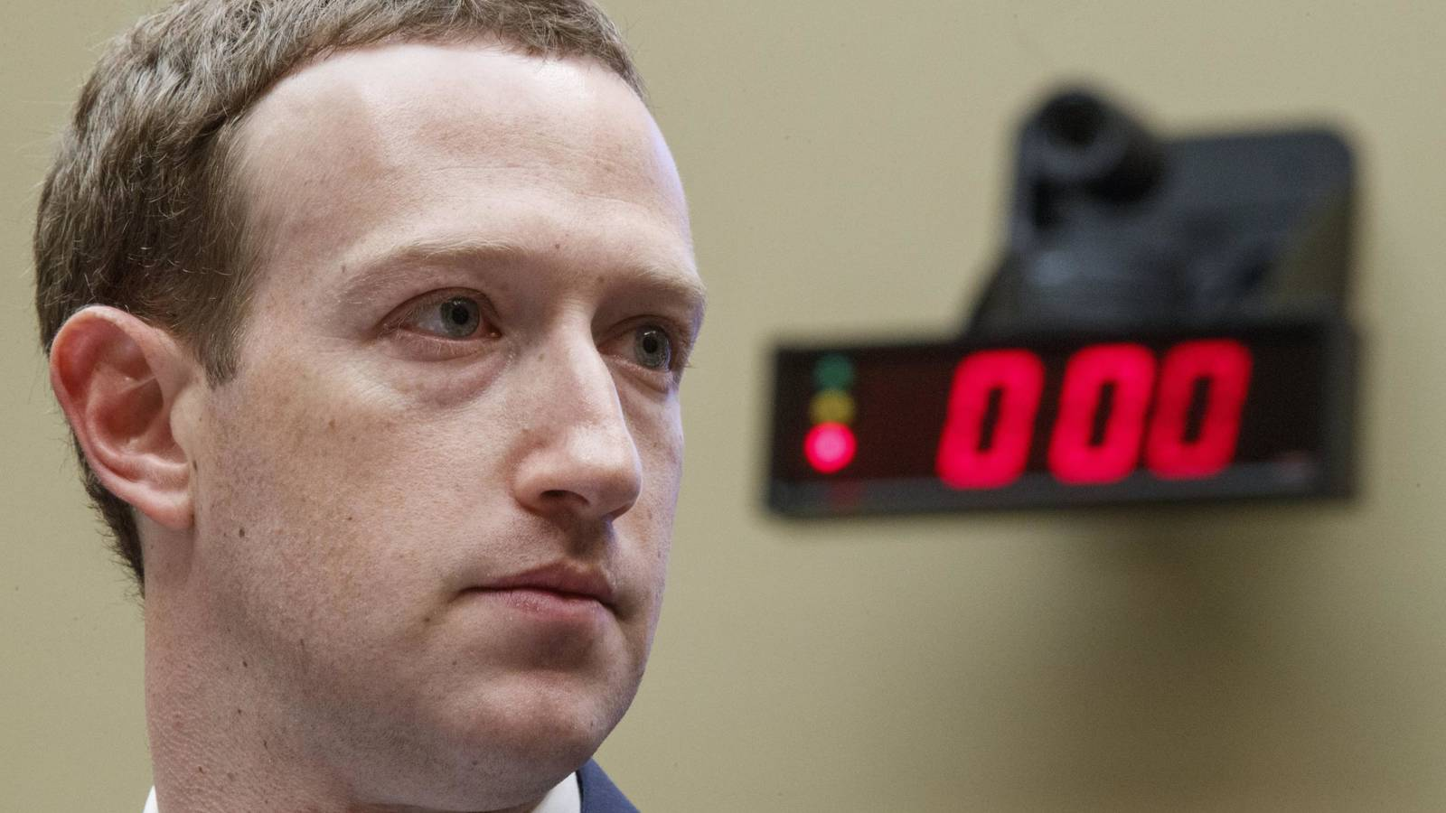 espionaje Facebook
