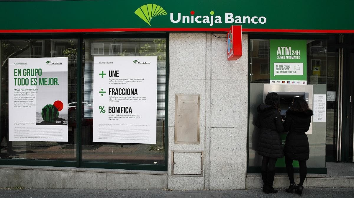 Unicaja despidos