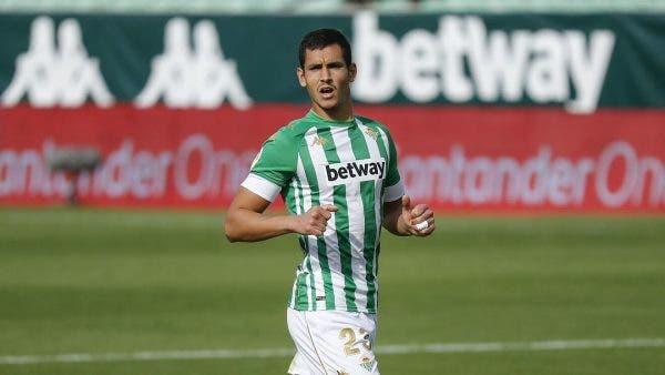 Mandi comienza a sonar para el Atlético de Madrid por la sanción a Savic