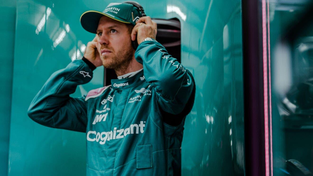 Aston Martin Vettel