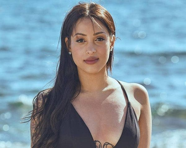 Love Island Yasmina