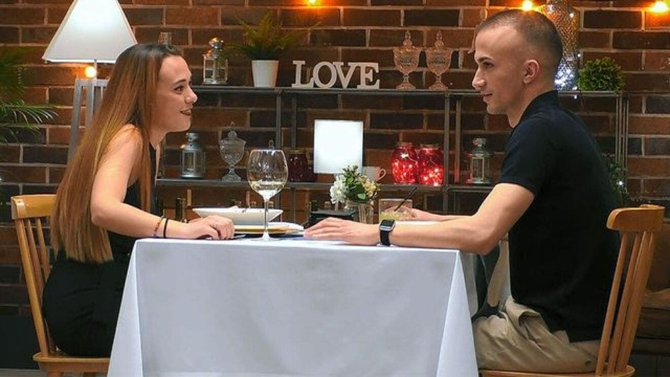 Víctor First Dates