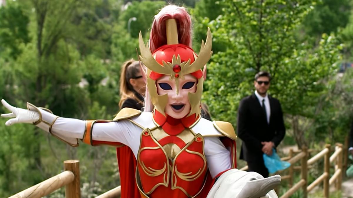 Mask Singer Dama
