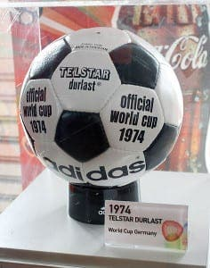 472px-Adidas_Telstar