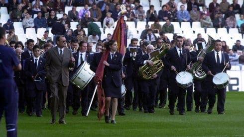 Las bandas de música llevan años desfilando por Mestalla