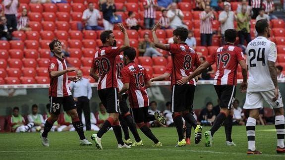 El Bilbao Athletic en un partido contra el RCD Mallorca / Agencias