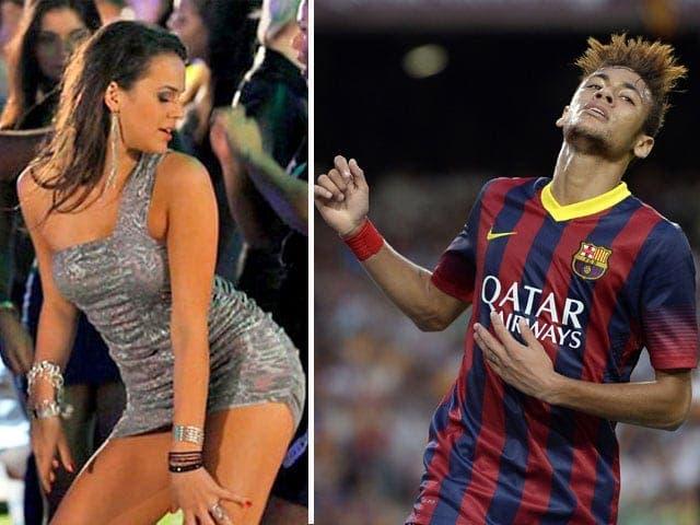 El-crack-brasileño-anunció-su-soltería. (1)