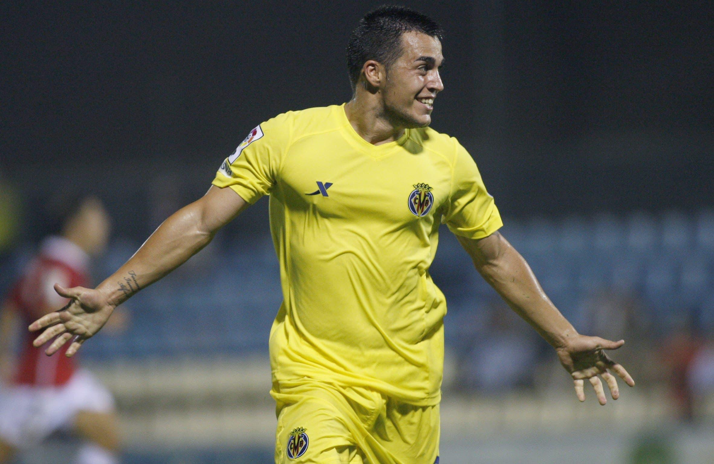 Joselu durante su etapa en el Villarreal CF