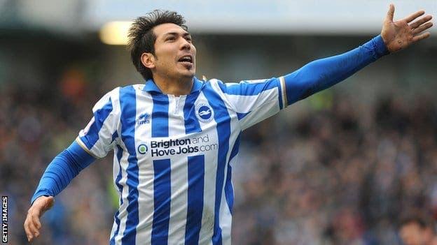 Ulloa es el nuevo fichaje del Leicester City.