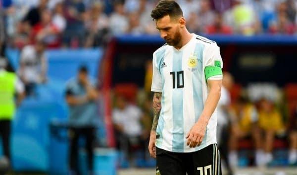 Lionel Messi cavisbajo