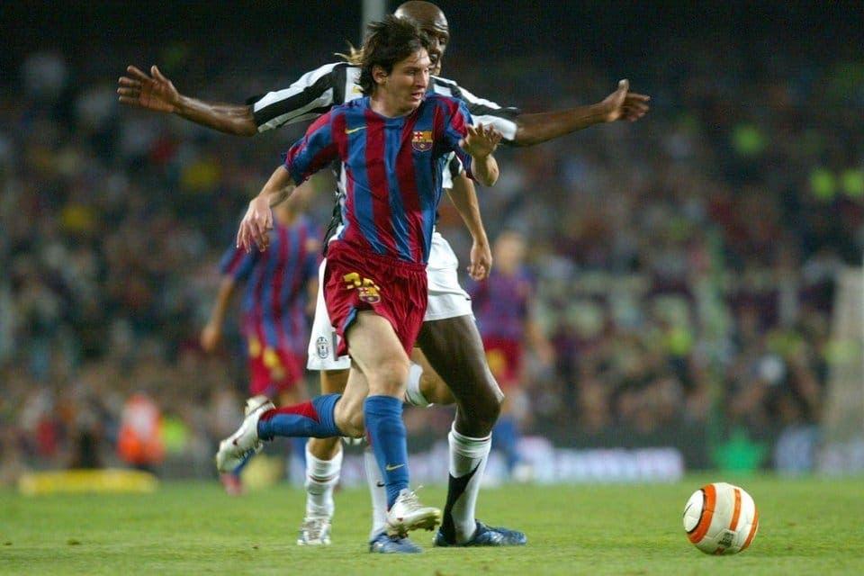 Leo Messi junto a Thuram. Foto: Agencias