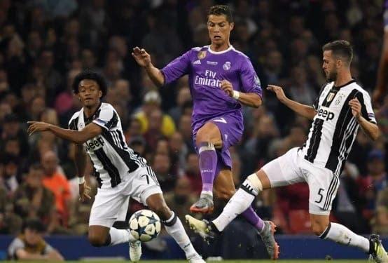 Pjanic y Ronaldo