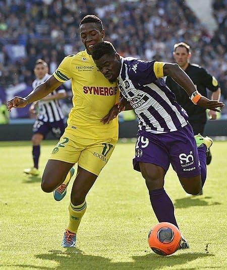 Un talento africano para el lateral derecho. Foto: The Telegraph.