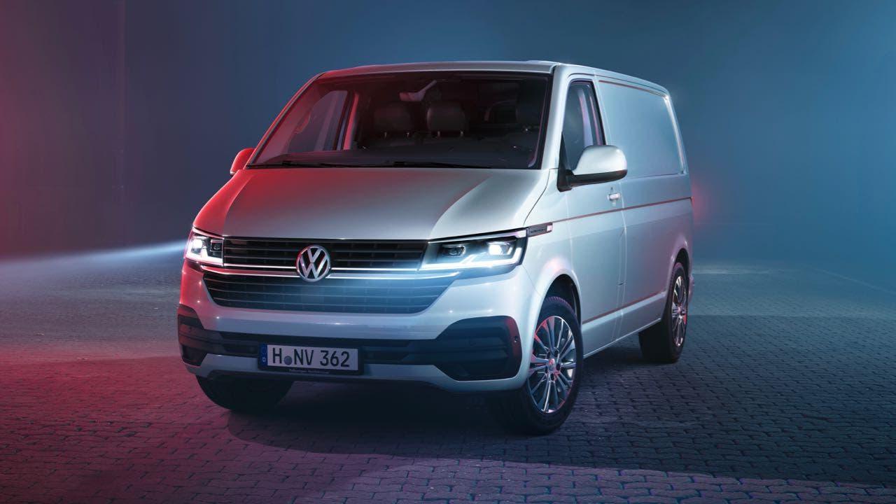 Volkswagen-Transporter-2020-1