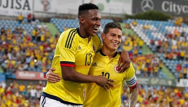 Yerry Mina con James