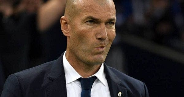 Zidane rollo con presidente del Real Madrid