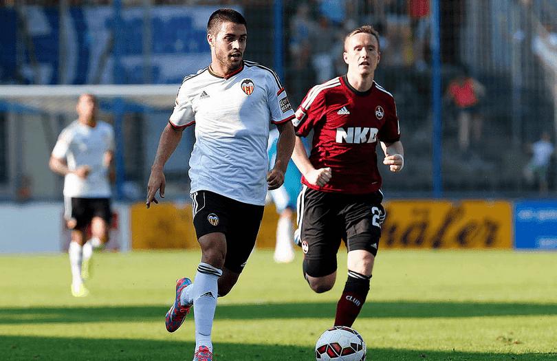 Carles Gil protagoniza el debut soñado