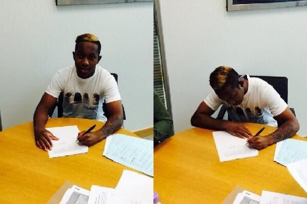 Quintero estampa su firma con el Chelsea.
