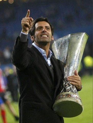 Quique Sánchez Flores se proclamó campeón del UEFA con el Atlético de Madrid.
