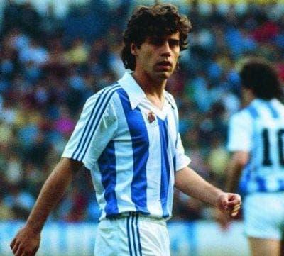 Adidas ya vestía a la Real en los años 80. En la imagen el mítico López Ufarte. Foto: Archivo.