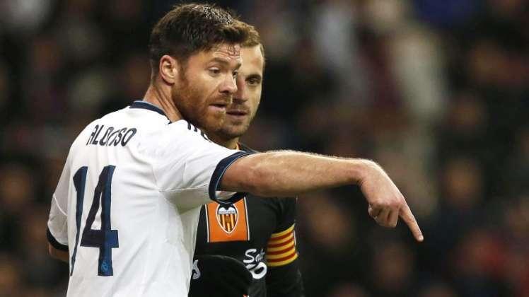 La prensa inglesa reclama a Xabi Alonso como canterano del Liverpool